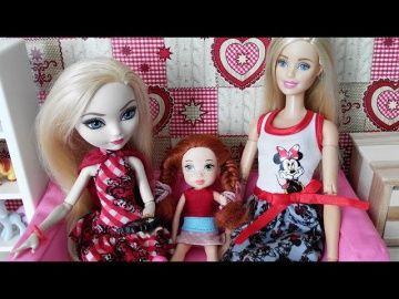 """Куклы Эвер Афтер Хай. Подарки от Барби. Мультики для девочек. Стоп Моушен. Barbie. Куклы Шоу #33 http://video-kid.com/18491-kukly-ever-after-hai-podarki-ot-barbi-multiki-dlja-devochek-stop-moushen-barbie-kukly-shou-33.html  Куклы Эвер Афтер Хай. Подарки от Барби. Мультики для девочек. Стоп Моушен. Barbie. Ever After High. Stop Motion. Куклы Шоу #33Подписка на мой канал: Подписка на мою группу в ВК: Композиция """"Breaktime - Silent Film Light"""" принадлежит исполнителю Kevin MacLeod. Лицензия…"""