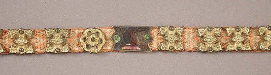 Girdle with Profiles of Half-Length Figures, Basse taille enamel, silver-gilt, mounted on textile belt, Italian, ca. 1400. The Metropolitan Museum of Art