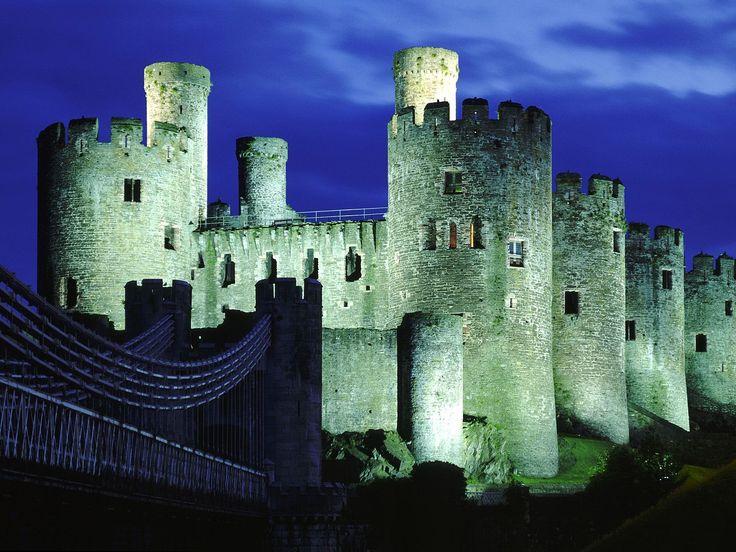 The Helpful Art Teacher Medieval Castles Manual Guide