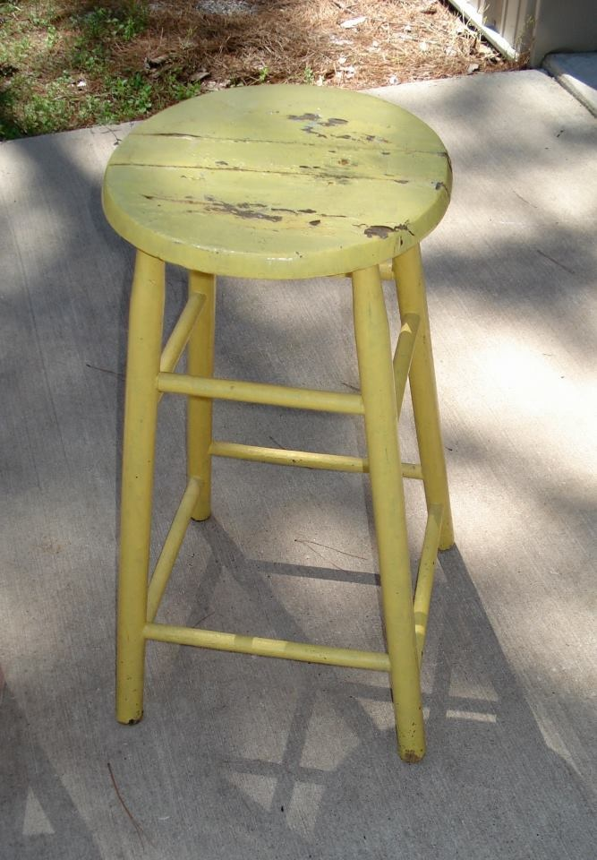 Yellow Stools, Yellow Mi Third, Favorite Colors, Gettin Ready, Chippy Green, Country Farms, Third Favorite, Chippy Yellow