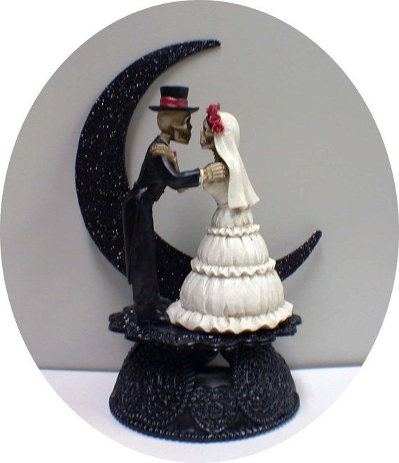 25 Best Ideas About Halloween Wedding Cakes On Pinterest Gothic Wedding Ca