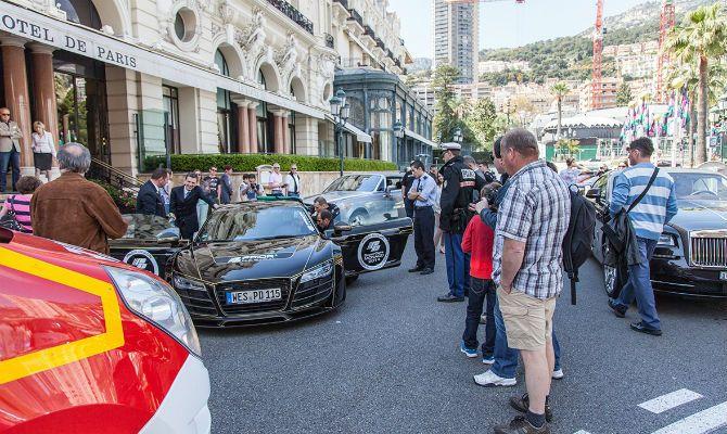 Manobrista fica preso em Audi preparado - mercado - curiosidades - Jornal do Carro