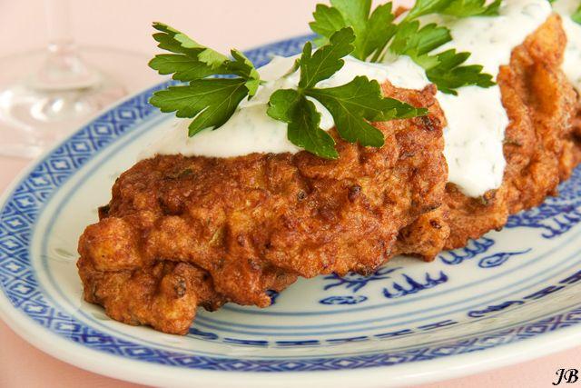Libanese kitchen: zo lekker! Bloemkoolbeignets met komijn en limoenyoghurt