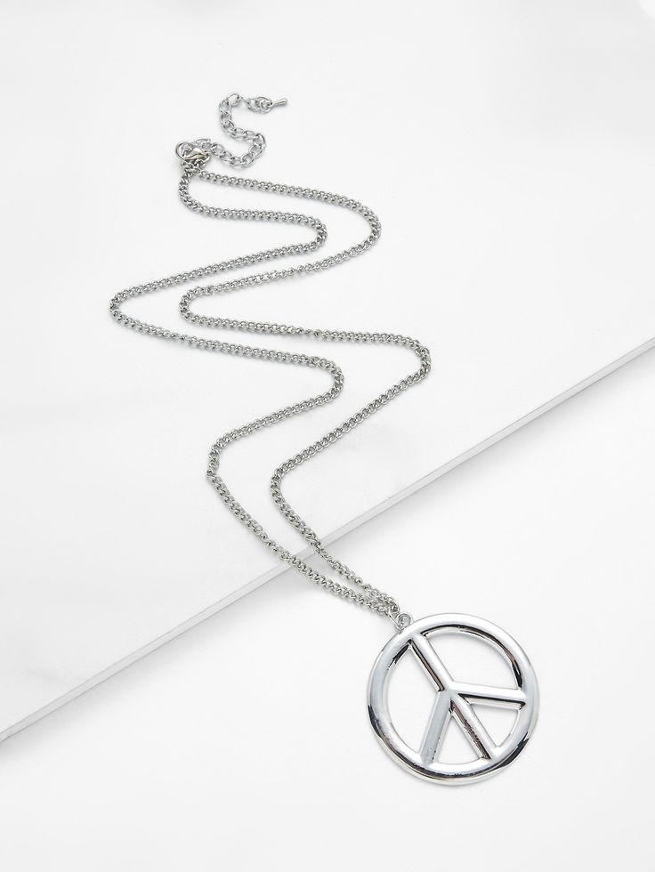 Shop Round Pendant Chain Necklace online. SheIn offers Round Pendant Chain Necklace & more to fit your fashionable needs.
