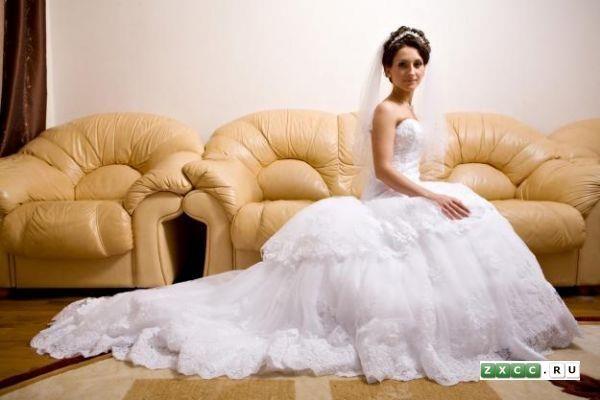 Продам платье benjamin roberts
