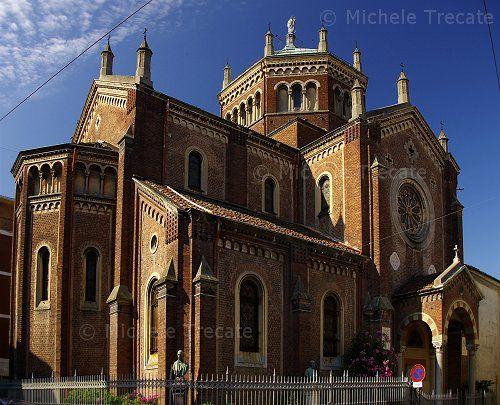 chiesa di San Bernardo a Vercelli in via Galileo Ferraris