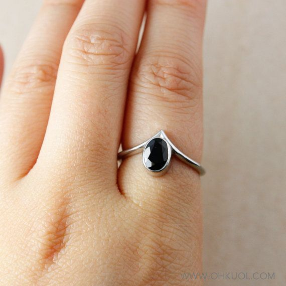 Silver Oval Black Tourmaline Point Ring Pointed Ring Index Finger Ring Green Tourmaline Ring Black Tourmaline Ring Custom Birthstone Ring