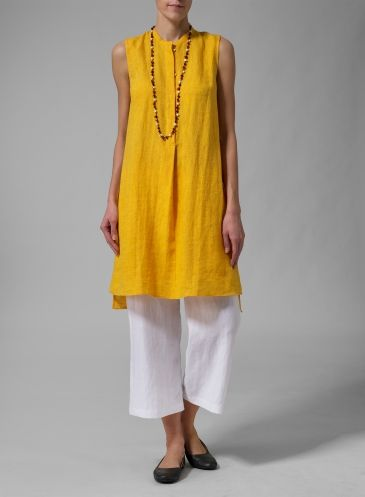 Channel this super soft relaxed chic style into your wardrobe with this beautiful sleeveless tunic. Flow easily over the body for a comfortable, relaxed fit.