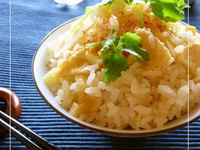 筍ご飯 うどんスープの素&松山あげ使用。