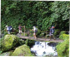 Papua New Guinea Bucketlist: Kokoda (trekking) | From diving to trekking to fishing, Roderick Eime delves into Papua New Guinea's top attractions. | http://airniuginiparadise.com/papua-new-guinea-bucket-list/