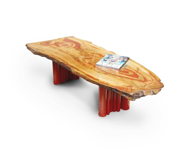 Modern table Amazon. Coffee table. Red. Epoxy finish.