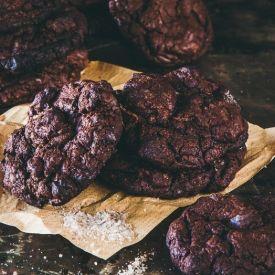 Smoked Sea Salt Flourless Chocolate Cookies [Delicious Everyday] eat365.com.au