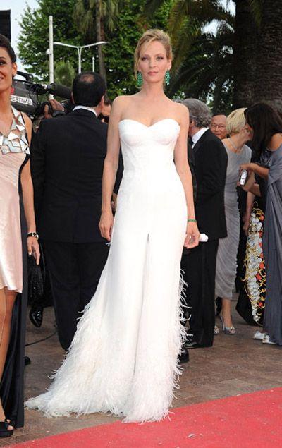 Uma Thurman in Versace (Cannes 2011)