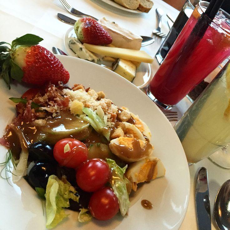 Salad ! (Own photo)