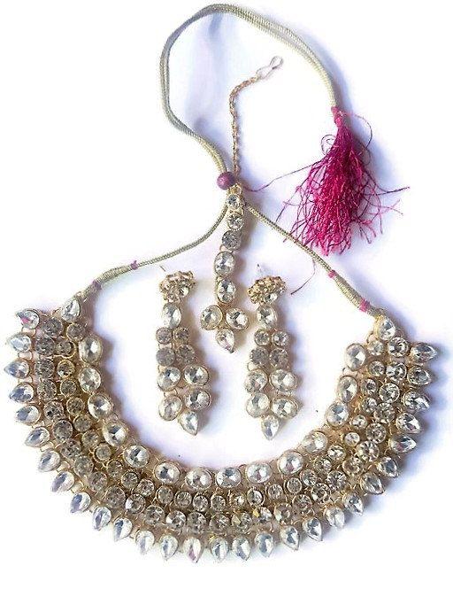 Designer Bollywood Jewelry Kundan Stone Pearl Matha Patti Kundan Stone Earrings Maang Tikka by GlamInfinity on Etsy