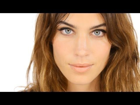 Alexa Chung Tutorial - Starring Alexa Chung! - the only video you´ll need to watch for doing your makeup for the rest of your life