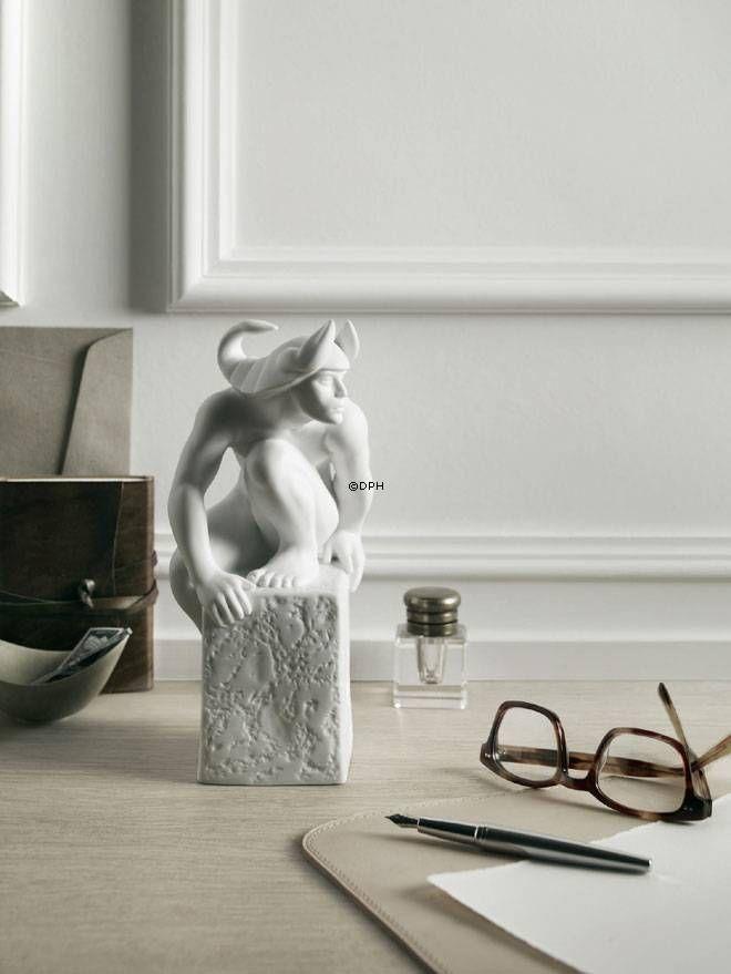 30 best images about stjernetegnsfigurer royal. Black Bedroom Furniture Sets. Home Design Ideas