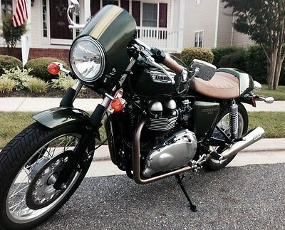 Perfect Condition, Low Miles. World Class Cafe Racer 1,186 miles. Like new. Triumph Thruxton for sale!   http://caferacerforsale.com/listing/2013-triumph-thruxton-1186-miles-show-stopper/  #caferacer #caferacerforsale #triumph #truxton