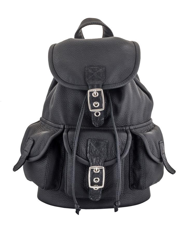 Фотосъемка рюкзака из кожи, эксклюзивного пошива от Славы Маслова