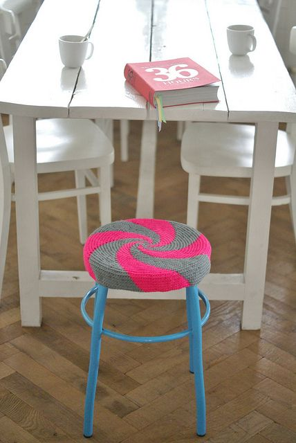 swirling patterned seat cover, from the talented Wood and Wool Stool.