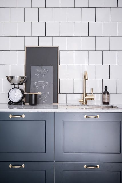 Kitchen Finishes Brick, Polished Cement, Marble, Tile and Wood 2