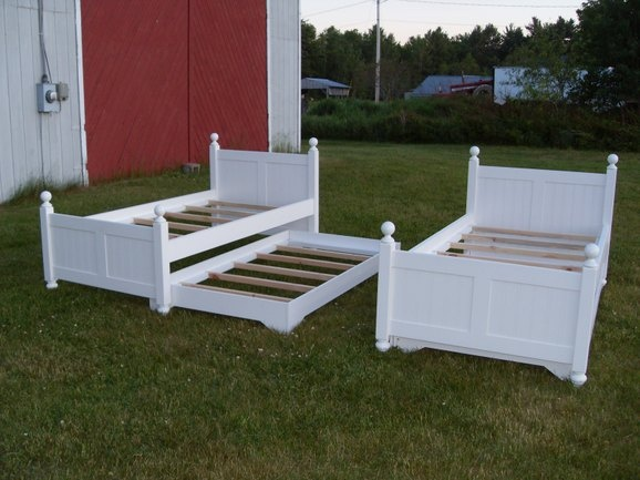 trundle bed idea - check with Don Willis