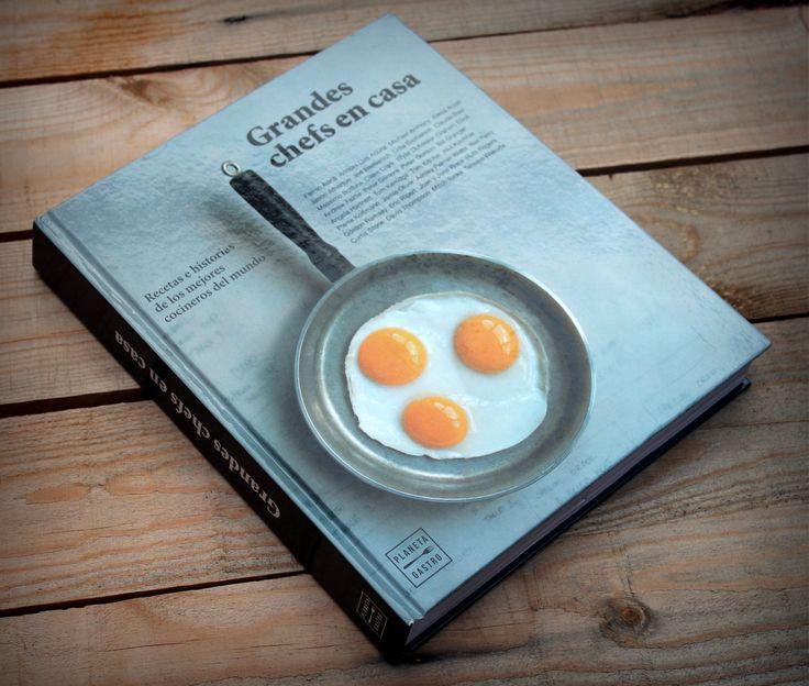 ¿Te gustaría conocer que cocinan los grandes chefs en su casa?, ¿sus recetas favoritas, además de pequeñas historias personales? Todo esto y alguna que otra curiosidad más lo podemos encontrar en &qout;Grandes Chefs en casa&qout;, uno de los últimos libros gastronómicos publicados por Planeta Gastro.…