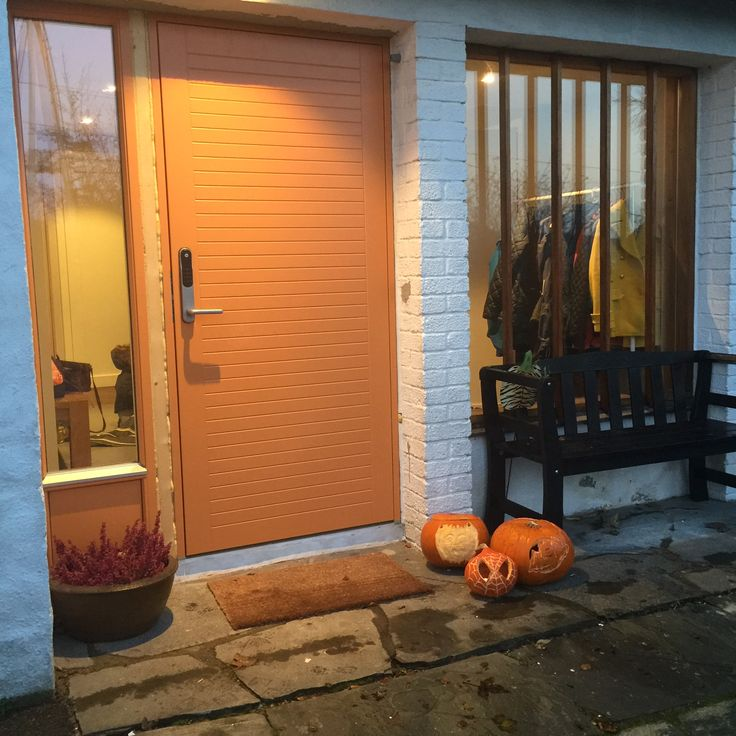 Denne døren fra #LGQuicklager postet vi et ilde av tidligere... men den er så fin at vi tar med ett bilde til. #foris.no   www.foris.no