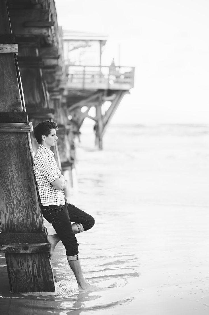 Senior boy at the beach | Ann Axon Photography | Central FL Photographer www.annaxonphotography.com