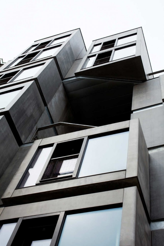 Tenement House / DaM