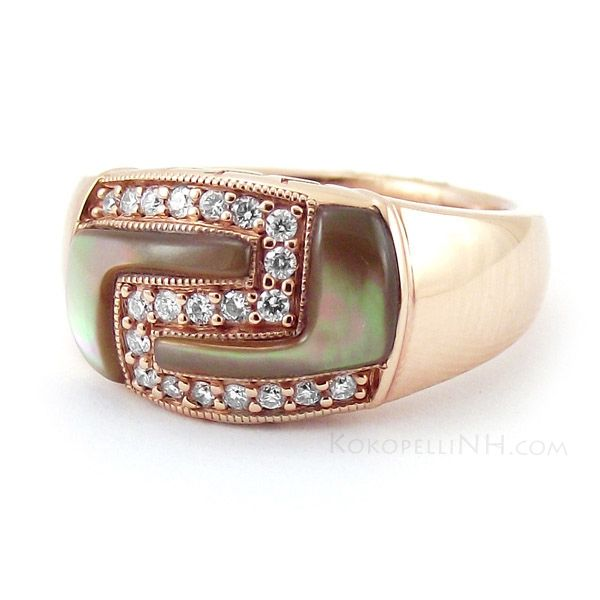 Great geometric design. Kabana Brown Mother Of Pearl and Diamond Ring in Rose Gold