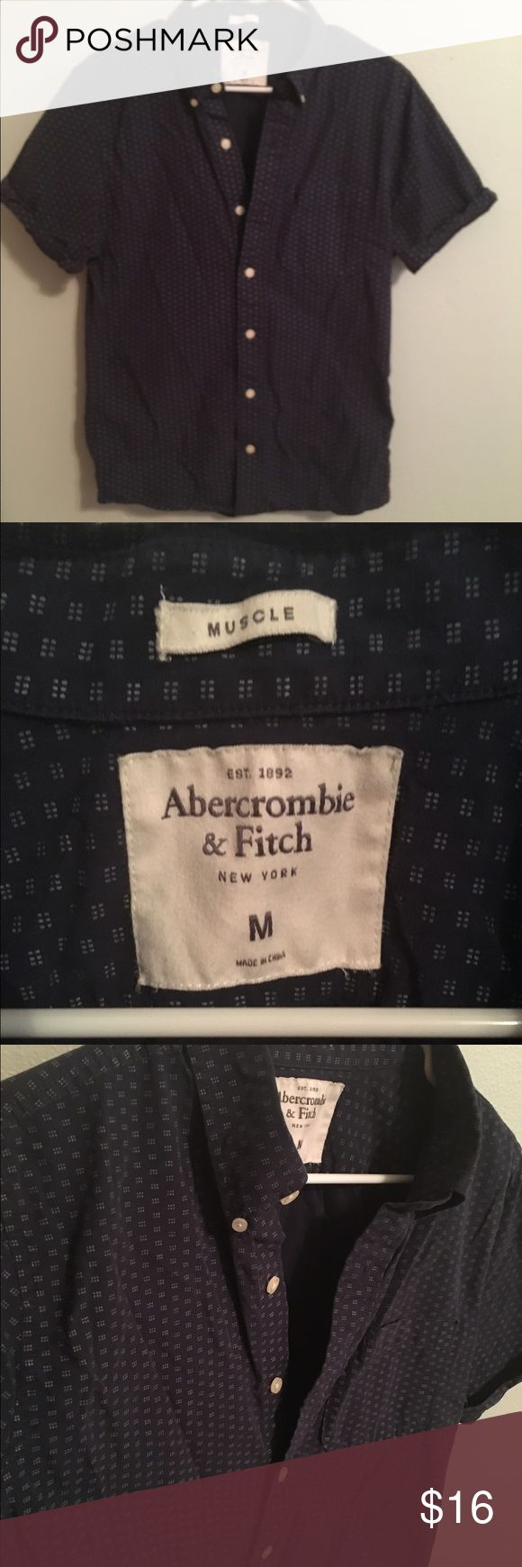 Men's Abercrombie Muscle Shirt Short sleeve buttoned down shirt. In great condition! Hardly worn! Abercrombie & Fitch Shirts Casual Button Down Shirts