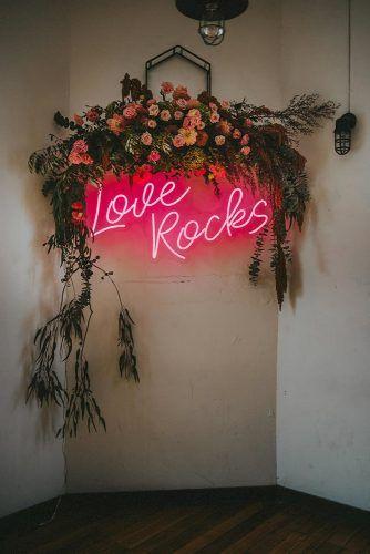 Günstige Hochzeitsdekorationen, die schick aussehen ★ Weitere Informationen: www.weddingforwar …   – Anniversary Ideas
