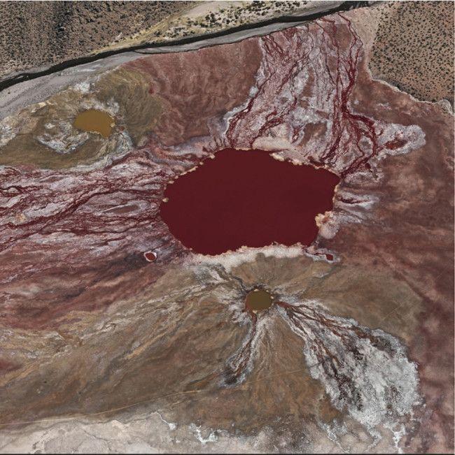 La Laguna Roja, Chile