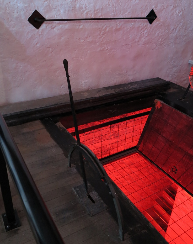 fremantle prison ~ 44 souls meet thy maker in these gallows ~ 43 men and 1 woman