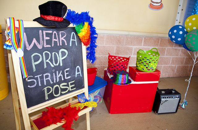 Clowns Carnival Birthday Party!  See more party ideas at CatchMyParty.com!  #partyideas #carnival