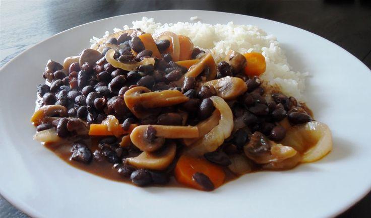 AlcachofraVeg | Receitas Vegetarianas Saudáveis e Saborosas - Receita de Feijoada de Cogumelos - Sem lacticínios, sem ovo, sem glúten