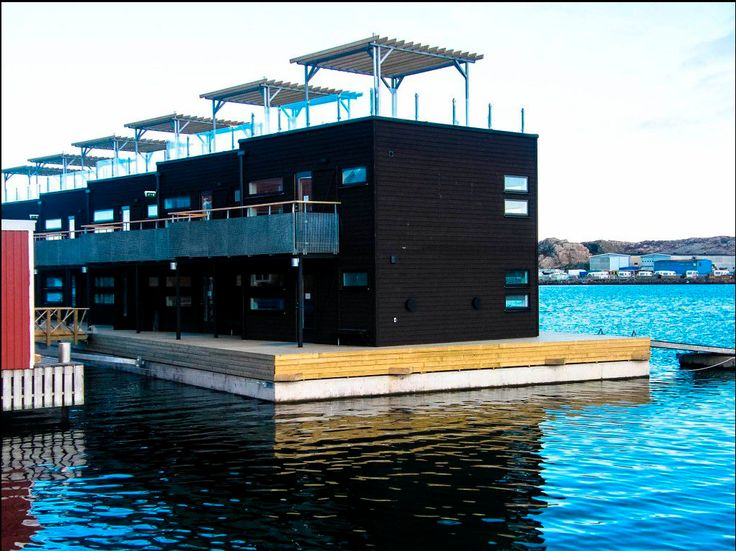 Perfect Floating Architecture, Houseboat Ideas, Floating House, Pontoons, Boat House,  Houseboats, Catamaran, Small Homes, Minimalism