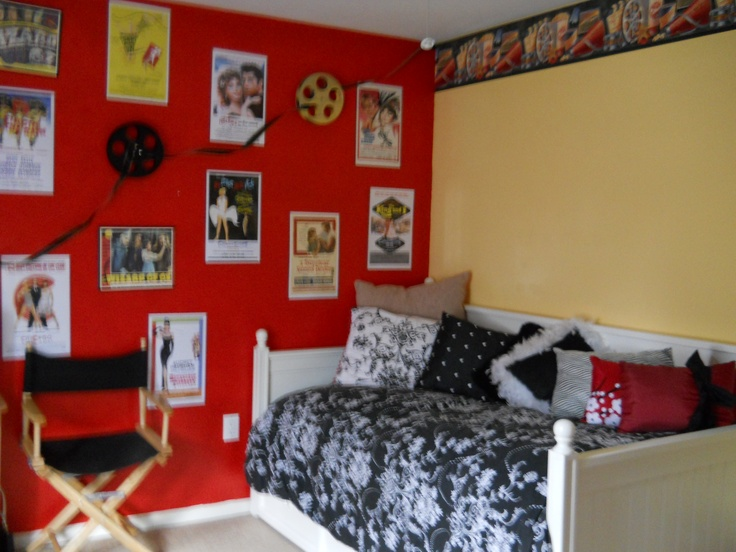 My Daughter Wanted A Hollywood Themed Bedroom So We Went Bright And Bold.  The Border
