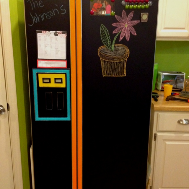 Chalkboard paint of our refrigerator
