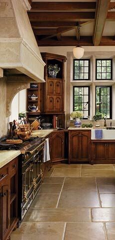 Tuscan kitchen color of tile, cabinets, and paint