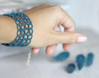 Tatted set di gioielli: collana e bracciale in lampone scuro