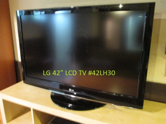"""LG 42"""" LCD TV Estate sale from graceful Bell's Corners home – 70 Ridgefield Crescent, Ottawa ON. Sale will take place SUNDAY, May 24th 2015, from 9am to 2pm. Visit www.sellmystuffcanada.com for full sale description and photos of all available items! #70Ridgefield #SMSO"""