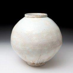Lee Kang-hyo Moon Jar Punch'ong