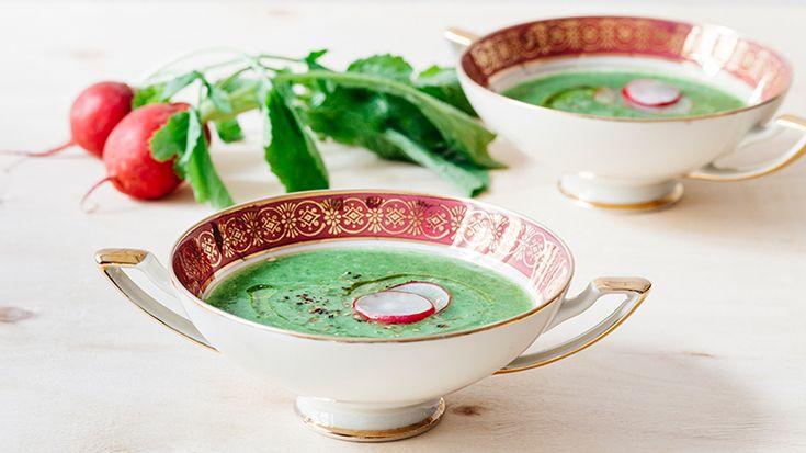 Radish leaves soup http://www.lifegate.it/persone/stile-di-vita/zuppa-di-foglie-di-ravanello