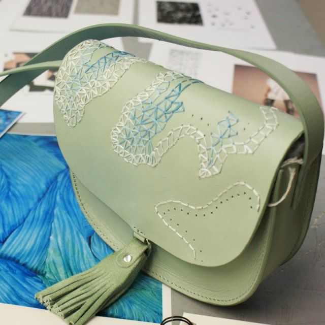 Camouflage géométrique / Broderie DIY sac en cuir