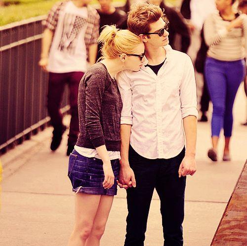 I love Andrew Garfield and Emma Stone :) <3