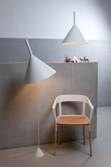 Funnel stołowa (Biała) - Vertigo Bird | Designerskie Lampy & Oświetlenie LED