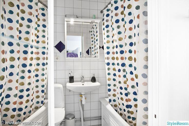badrum,spegel,badkar