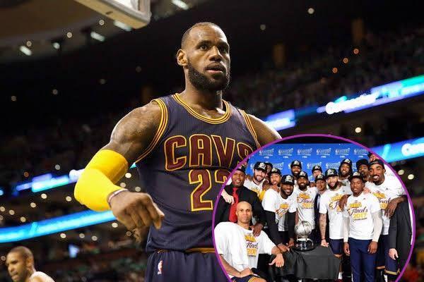 KINGIN'! LeBron James BREAKS Michael Jordan's NBA Playoff Scoring Record